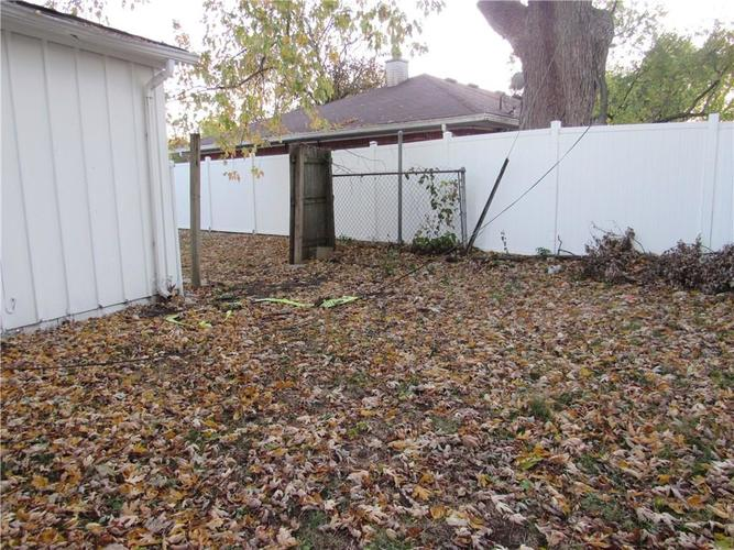 9404 E 36TH Place Indianapolis, IN 46235 | MLS 21679438 | photo 22