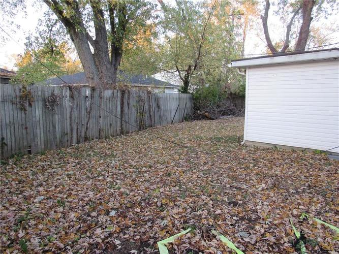 9404 E 36TH Place Indianapolis, IN 46235 | MLS 21679438 | photo 23