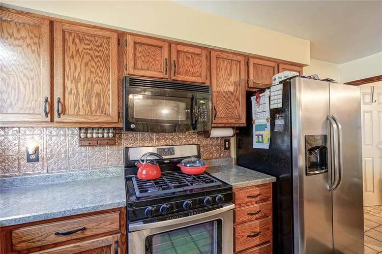8513 Brae Drive Mooresville, IN 46158   MLS 21679451   photo 10