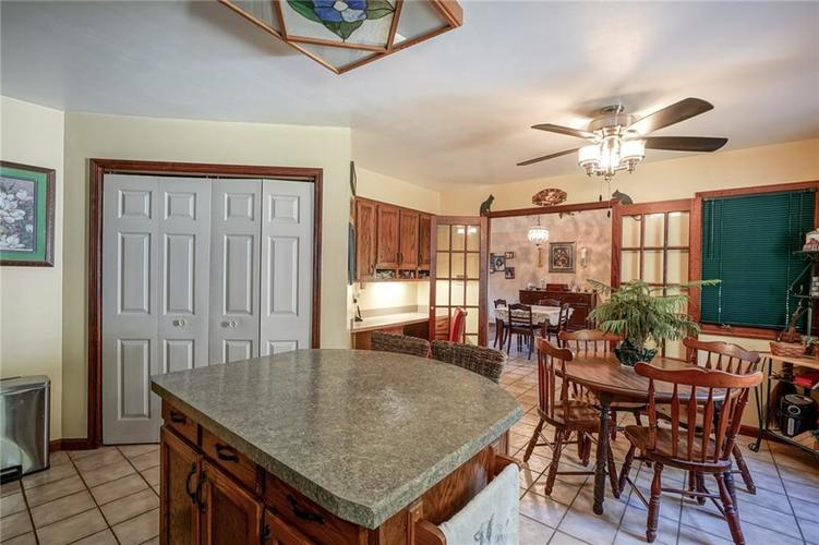 8513 Brae Drive Mooresville, IN 46158   MLS 21679451   photo 11