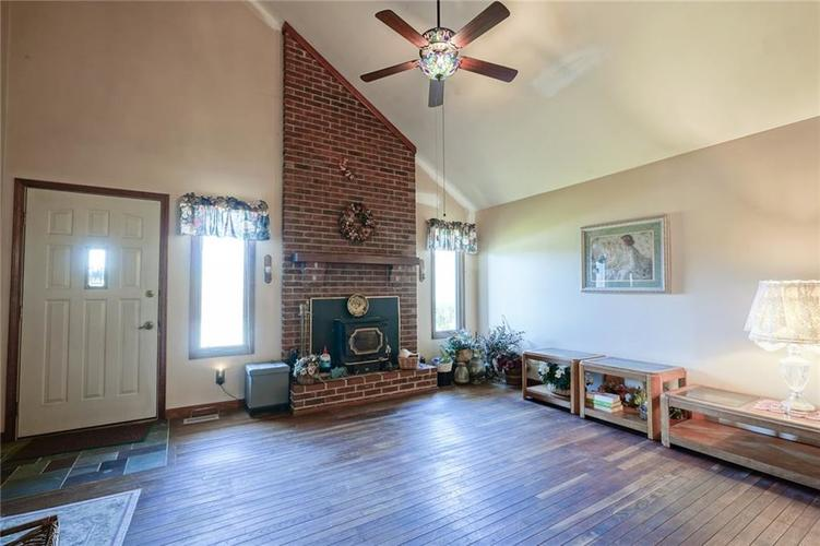 8513 Brae Drive Mooresville, IN 46158   MLS 21679451   photo 6