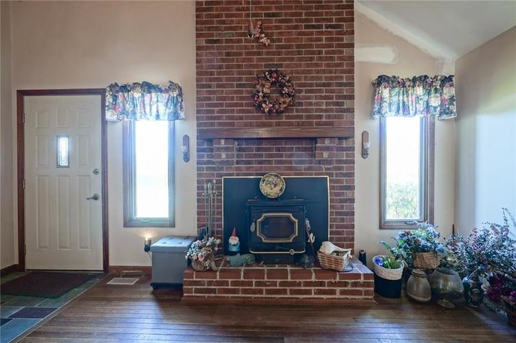 8513 Brae Drive Mooresville, IN 46158   MLS 21679451   photo 7