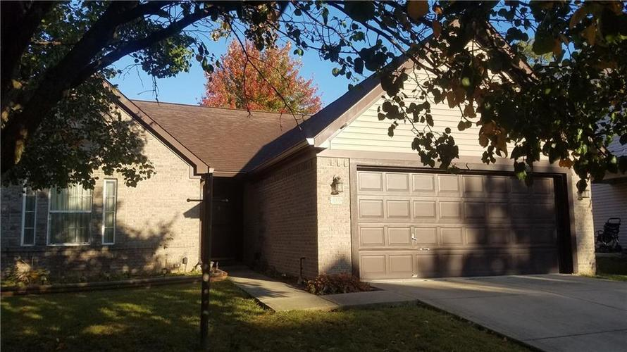 6036 Copeland Mills Drive Indianapolis, IN 46221 | MLS 21679502 | photo 1
