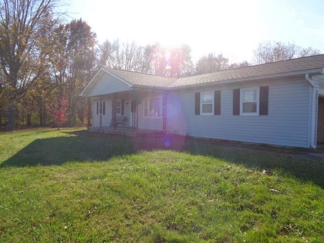 917 N County Road 200 E Center Point, IN 47840 | MLS 21679541 | photo 2