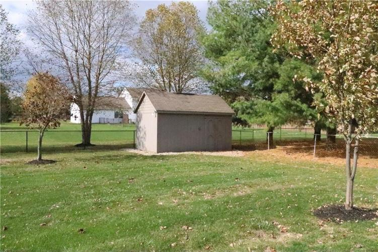 000 Confidential Ave.Greenfield, IN 46140 | MLS 21679578 | photo 3