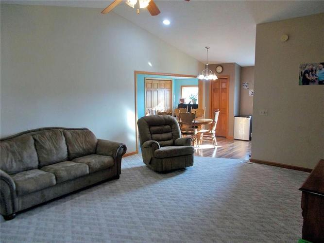 1830 Spencer Road North Vernon, IN 47265 | MLS 21679597 | photo 5