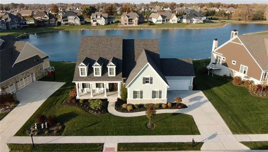 3750 Birkdale Drive Carmel, IN 46033 | MLS 21679632 | photo 1