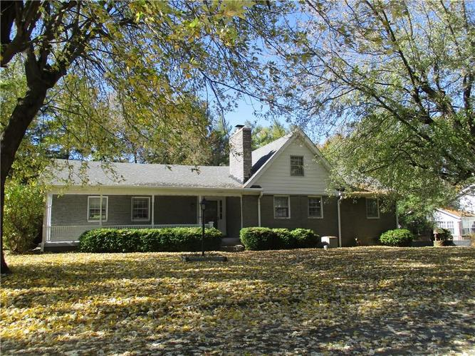 6748 S New Jersey Street Indianapolis, IN 46227 | MLS 21679690 | photo 1
