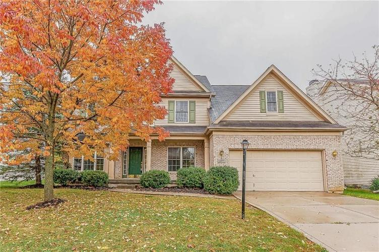 11877  Weathered Edge Dr Drive Fishers, IN 46037 | MLS 21679723