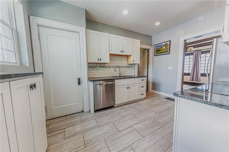 3250 N New Jersey Street Indianapolis, IN 46205 | MLS 21679742 | photo 13