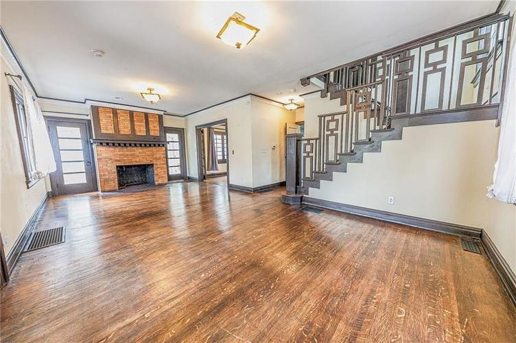 3250 N New Jersey Street Indianapolis, IN 46205 | MLS 21679742 | photo 5