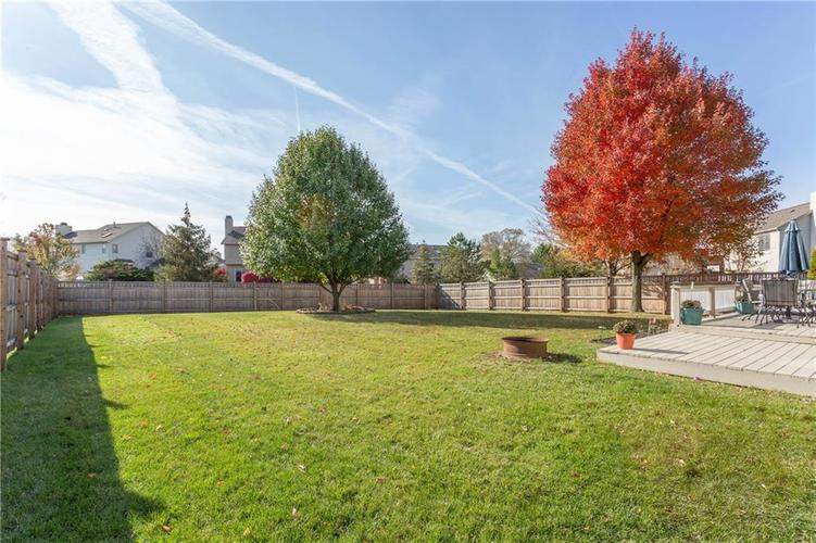 7351 Chestnut Hills Boulevard Indianapolis, IN 46278 | MLS 21679783 | photo 25