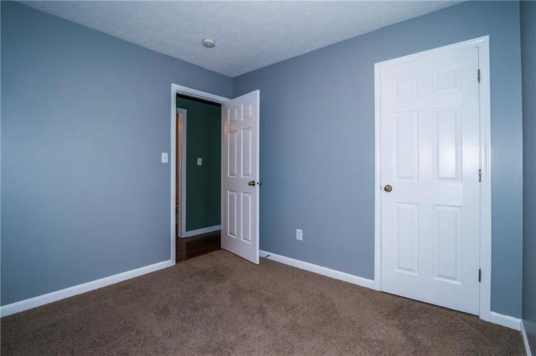 3943 FOREST RISE Lane Indianapolis, IN 46203   MLS 21679870   photo 22