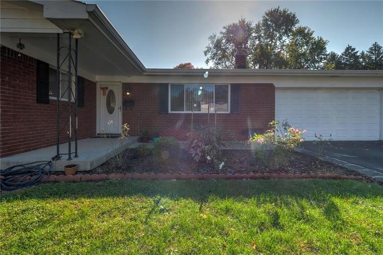 2041 Radcliffe Avenue Indianapolis, IN 46227 | MLS 21679943 | photo 2