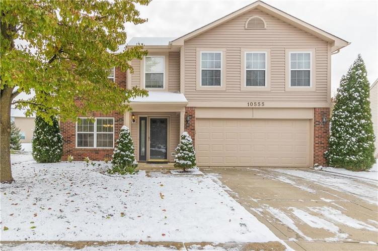 10555 Aspen Drive Fishers, IN 46037 | MLS 21679959 | photo 1