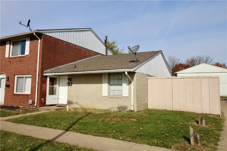 4042  GATEWAY Court Indianapolis, IN 46254 | MLS 21679988