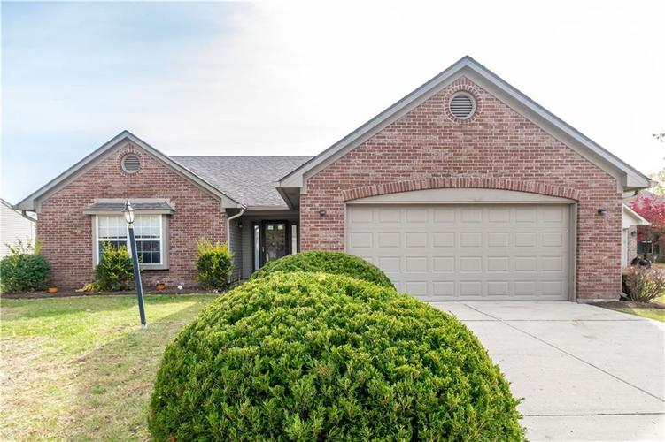 6305 Whitaker Farms Drive Indianapolis, IN 46237   MLS 21680000   photo 1