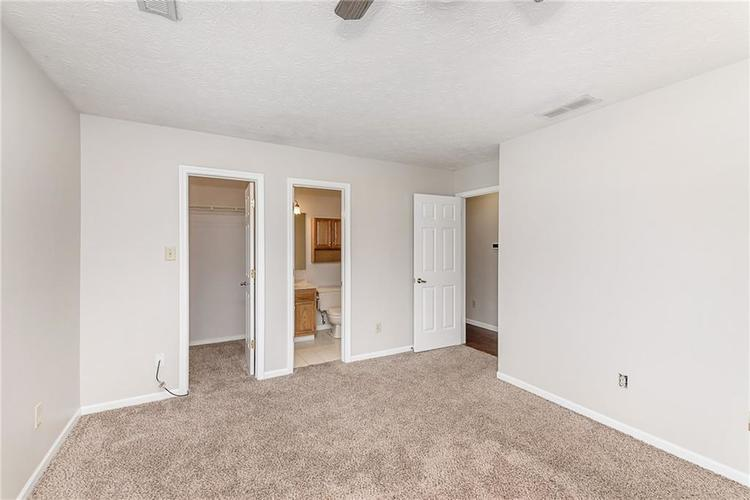 5959 SYCAMORE FORGE Drive Indianapolis, IN 46254 | MLS 21680058 | photo 16