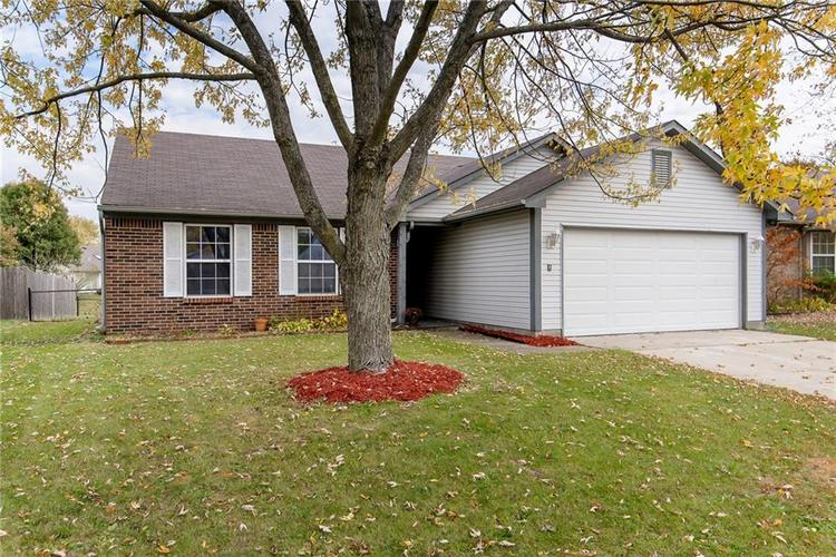 5959 SYCAMORE FORGE Drive Indianapolis, IN 46254 | MLS 21680058 | photo 2