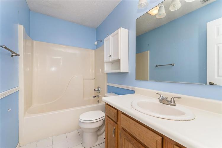 5959 SYCAMORE FORGE Drive Indianapolis, IN 46254 | MLS 21680058 | photo 23