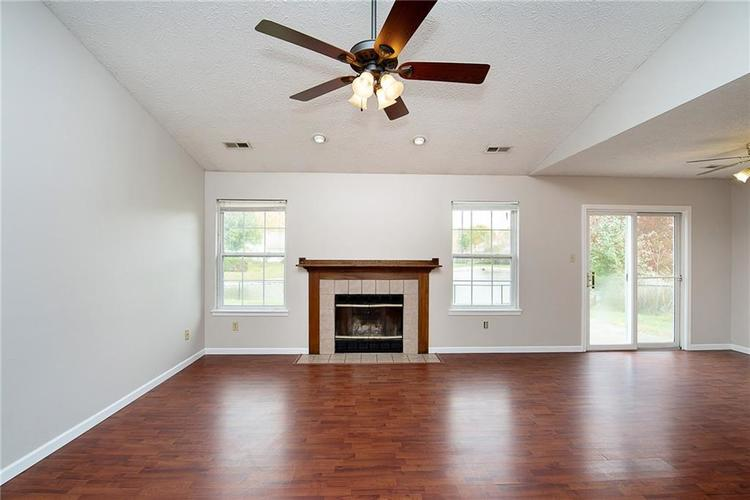 5959 SYCAMORE FORGE Drive Indianapolis, IN 46254 | MLS 21680058 | photo 6