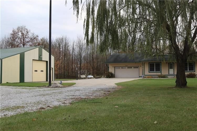 3395 S County Road 1000 E  Crawfordsville, IN 47933 | MLS 21680068