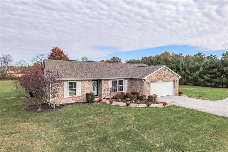 4655 E County Road 900 S Cloverdale, IN 46120 | MLS 21680095 | photo 1