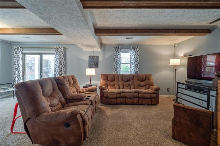 222 Leaning Tree Road Greenwood, IN 46142 | MLS 21680211 | photo 22