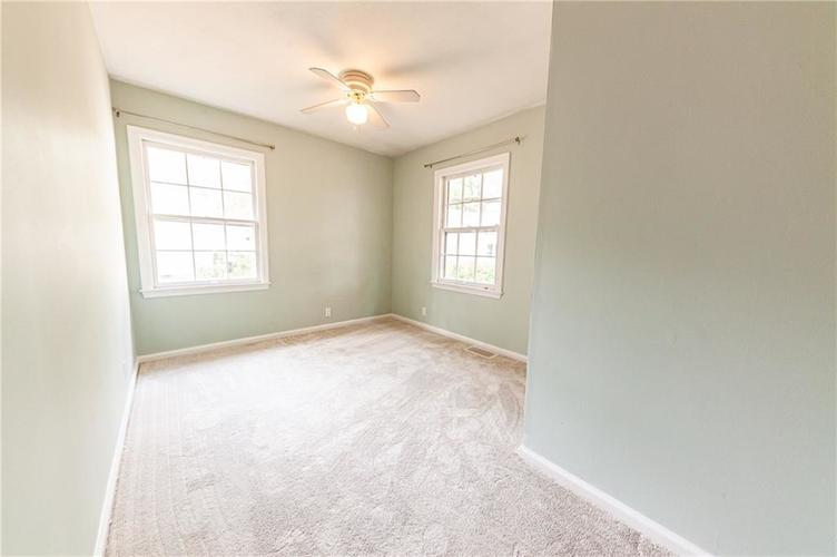 2210 E 70th Street Indianapolis, IN 46220 | MLS 21680216 | photo 23