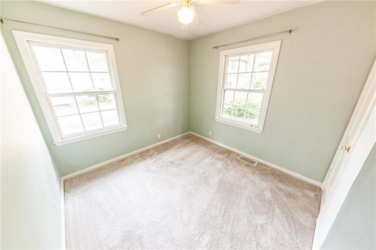 2210 E 70th Street Indianapolis, IN 46220 | MLS 21680216 | photo 24