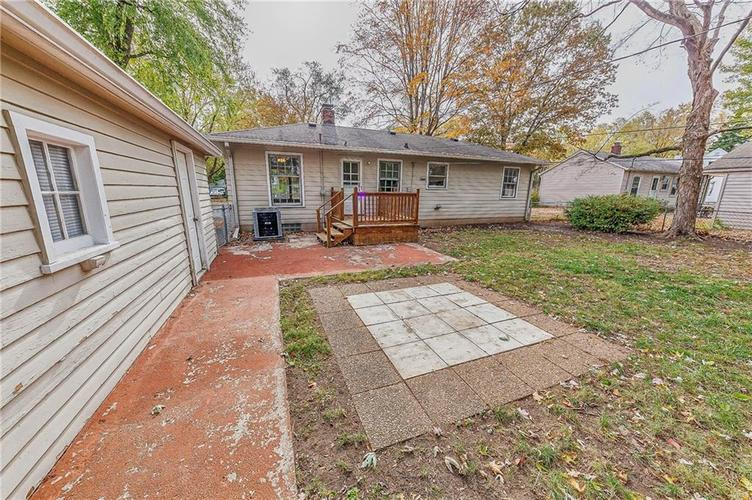 2210 E 70th Street Indianapolis, IN 46220 | MLS 21680216 | photo 31