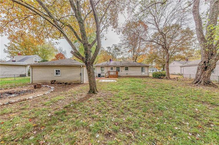 2210 E 70th Street Indianapolis, IN 46220 | MLS 21680216 | photo 34