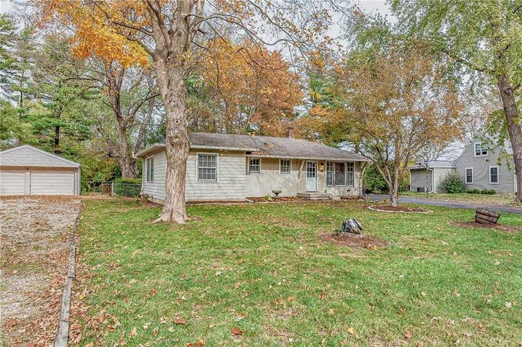 2210 E 70th Street Indianapolis, IN 46220 | MLS 21680216 | photo 45