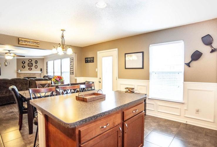 13212 N Badger Grove Drive Camby, IN 46113 | MLS 21680248 | photo 15