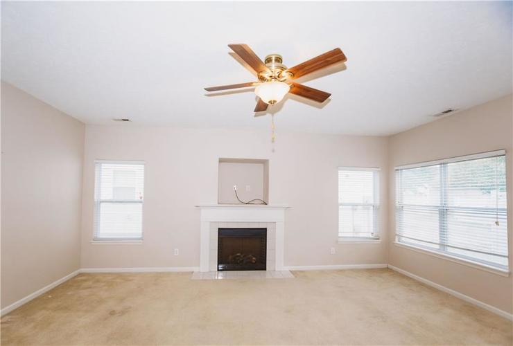 3243 W 39th Street Indianapolis, IN 46228 | MLS 21680279 | photo 10