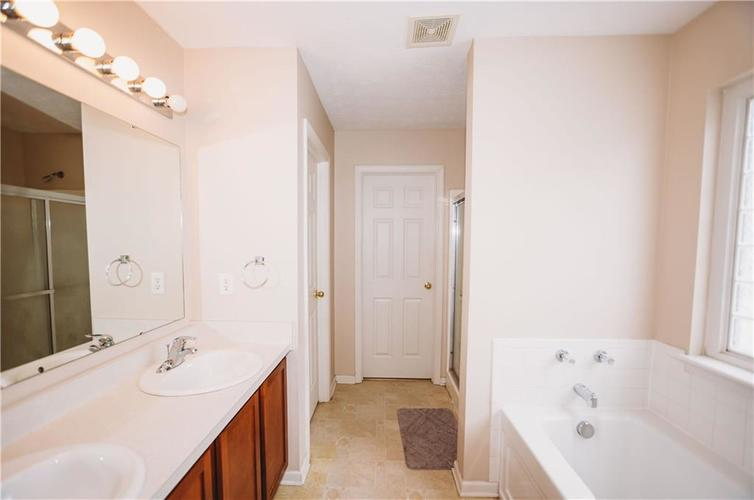 3243 W 39th Street Indianapolis, IN 46228 | MLS 21680279 | photo 21