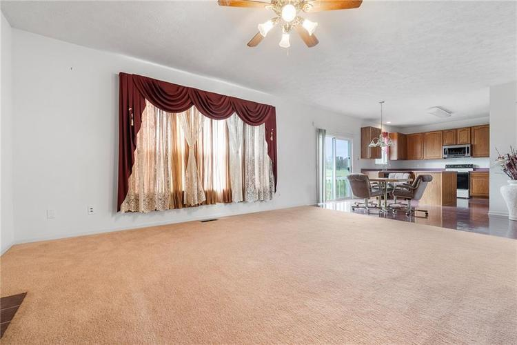 6454 Tanfield Court Indianapolis, IN 46268 | MLS 21680302 | photo 10