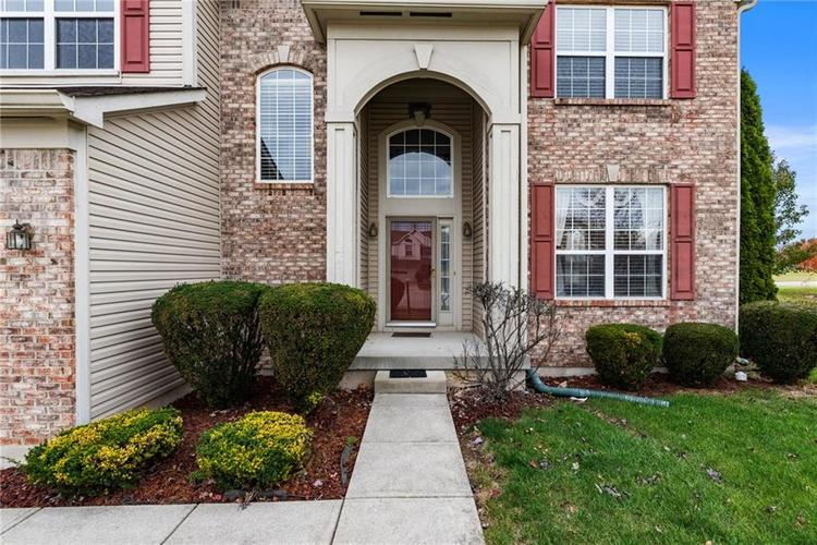 6454 Tanfield Court Indianapolis, IN 46268 | MLS 21680302 | photo 2