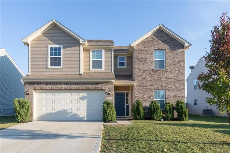000 Confidential Ave.Greenwood, IN 46143 | MLS 21680304 | photo 1