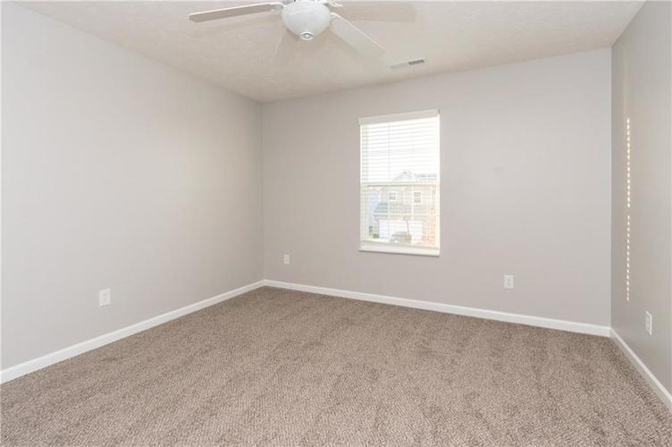 000 Confidential Ave.Greenwood, IN 46143 | MLS 21680304 | photo 17
