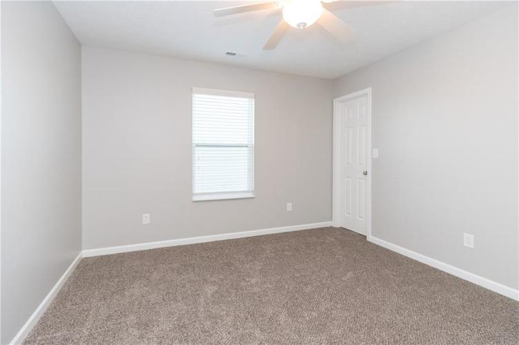 000 Confidential Ave.Greenwood, IN 46143 | MLS 21680304 | photo 18