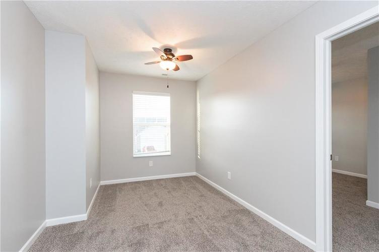 000 Confidential Ave.Greenwood, IN 46143 | MLS 21680304 | photo 20