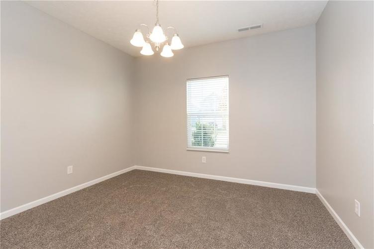000 Confidential Ave.Greenwood, IN 46143 | MLS 21680304 | photo 5