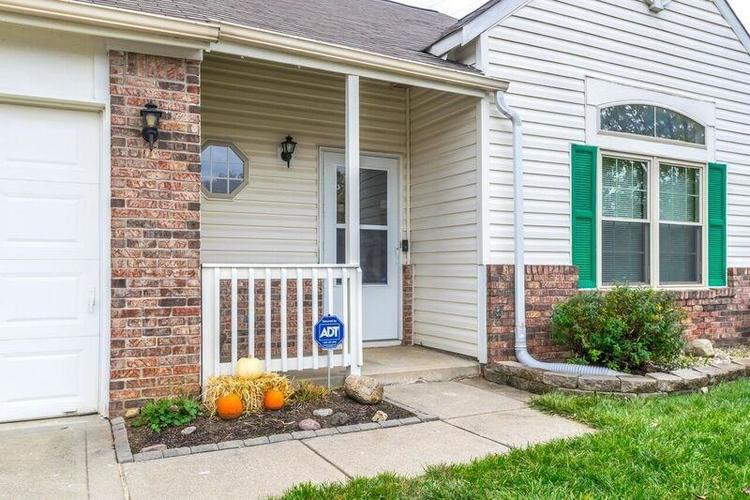 5741 Victory Drive Indianapolis, IN 46203 | MLS 21680357 | photo 2