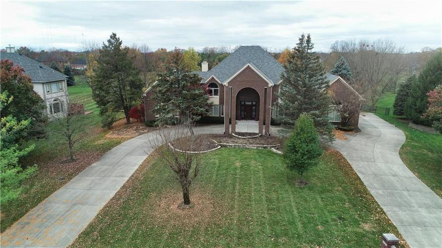 9750  Summerlakes Drive Carmel, IN 46032 | MLS 21680373