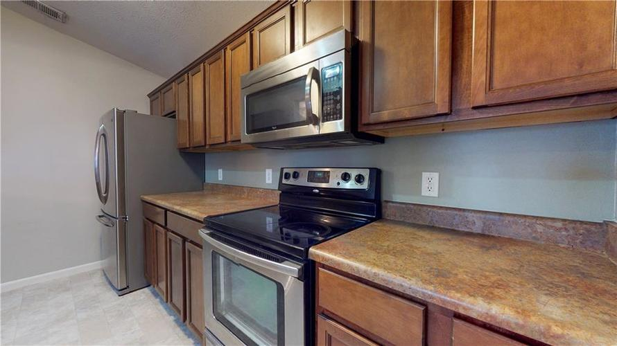 5003 Amber Creek Place #311 Indianapolis, IN 46237 | MLS 21680385 | photo 10