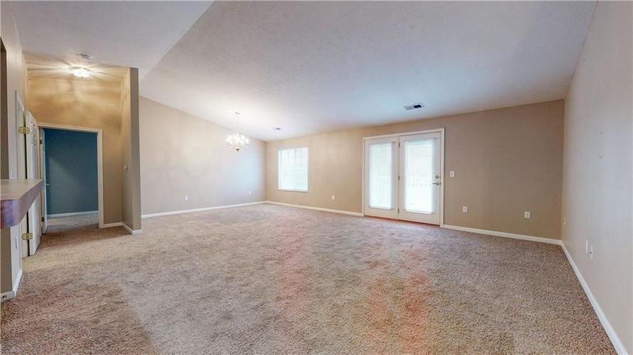 5003 Amber Creek Place #311 Indianapolis, IN 46237 | MLS 21680385 | photo 7