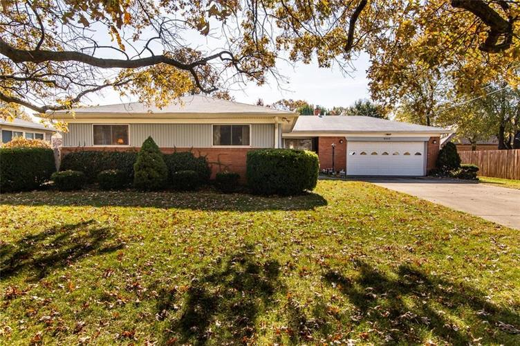 8045 E 11th Street Indianapolis, IN 46219 | MLS 21680395