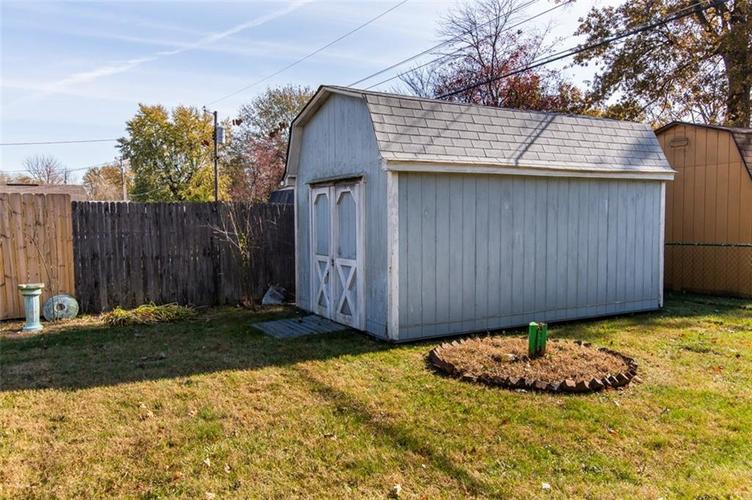 8045 E 11th Street Indianapolis, IN 46219 | MLS 21680395 | photo 22