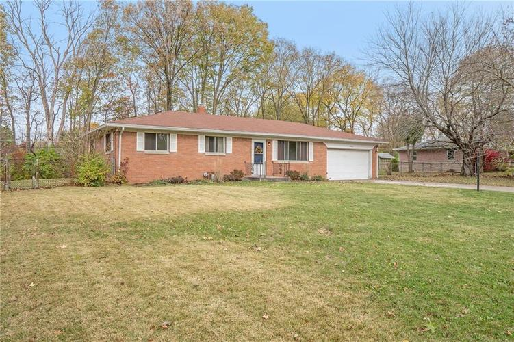 2734 WESTLEIGH Drive Indianapolis, IN 46268   MLS 21680404   photo 1